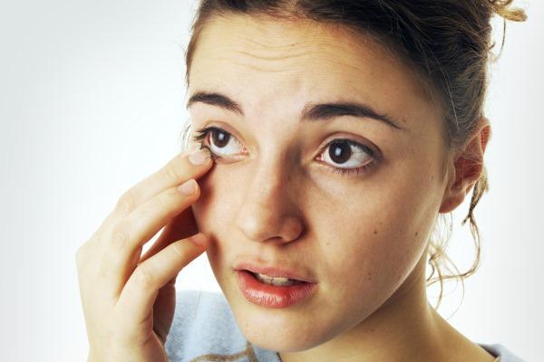 Боль глазного яблока при нажатии