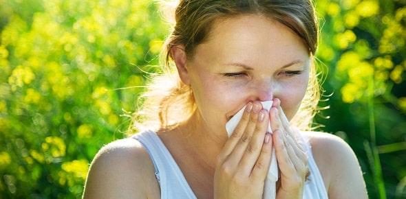 Как быстро проявляется аллергия у взрослых и детей?